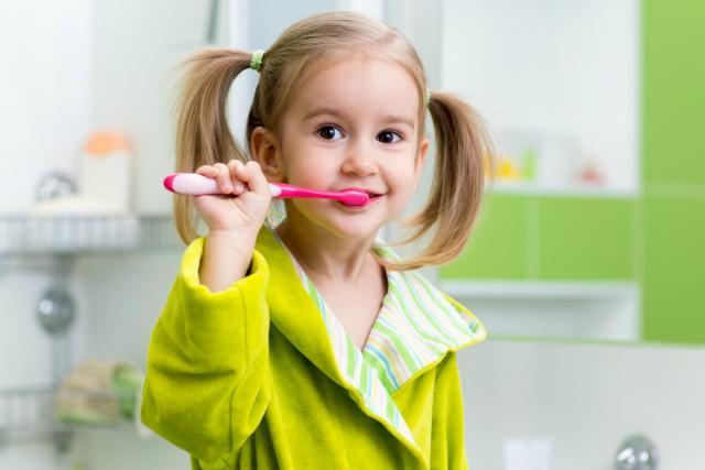 βουρτσισμα,οδοντιατρεια λαρισα