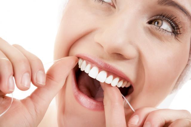 οδοντικο νημα ,καθαρισμος,οδοντιατροι λαρισα