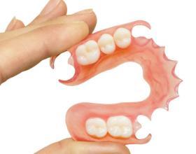 ελαστικό μασελακι, ελαστική οδοντοστοιχια,valoplast,Λαρισα
